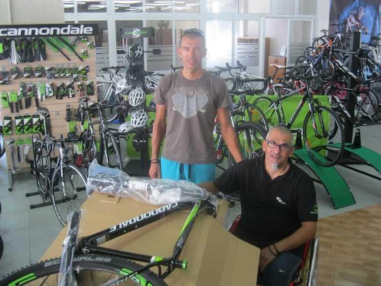 Αθλητικός ποδηλατάτασελίδες γνωριμιών ραντεβού χωρίς εσώρουχα