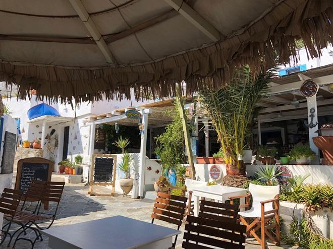 Tavern Restaurant & Coffee | Faros Sifnos Cyclades | Cafe Bar Restaurant Angel